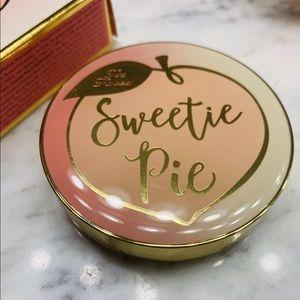 NWT- Too Faced Sweetie Pie Radiant Matt Bronzer